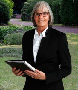Trauerreden Katharina Krämer / Trauerrednerin & Grabrednerin in Minden