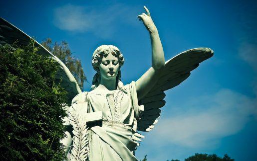 Grabfiguren (Bronze/Stein) als Engel/Madonna
