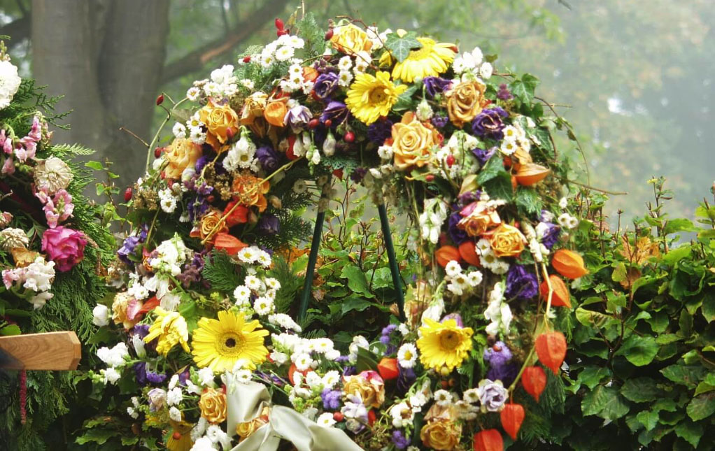 Trauerkranz-für-Beerdigung-kaufen-bestellen