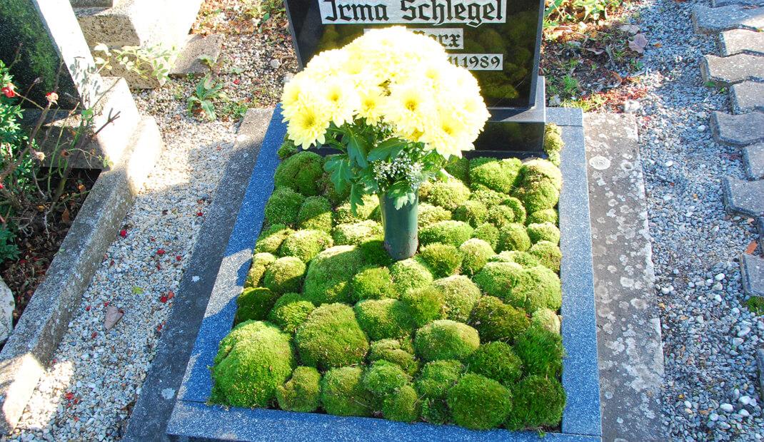 Bestattungsarten Urnengrab