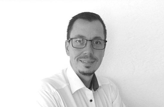 Bernd Neumann | Trauerredner und Trauerbegleitung