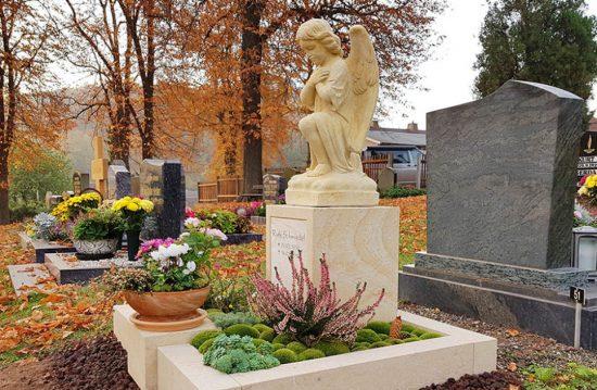 Friedhofsverwaltung Hamburg Bergstedt  / Ev.-Luth. Kirchengemeindeverband KGV