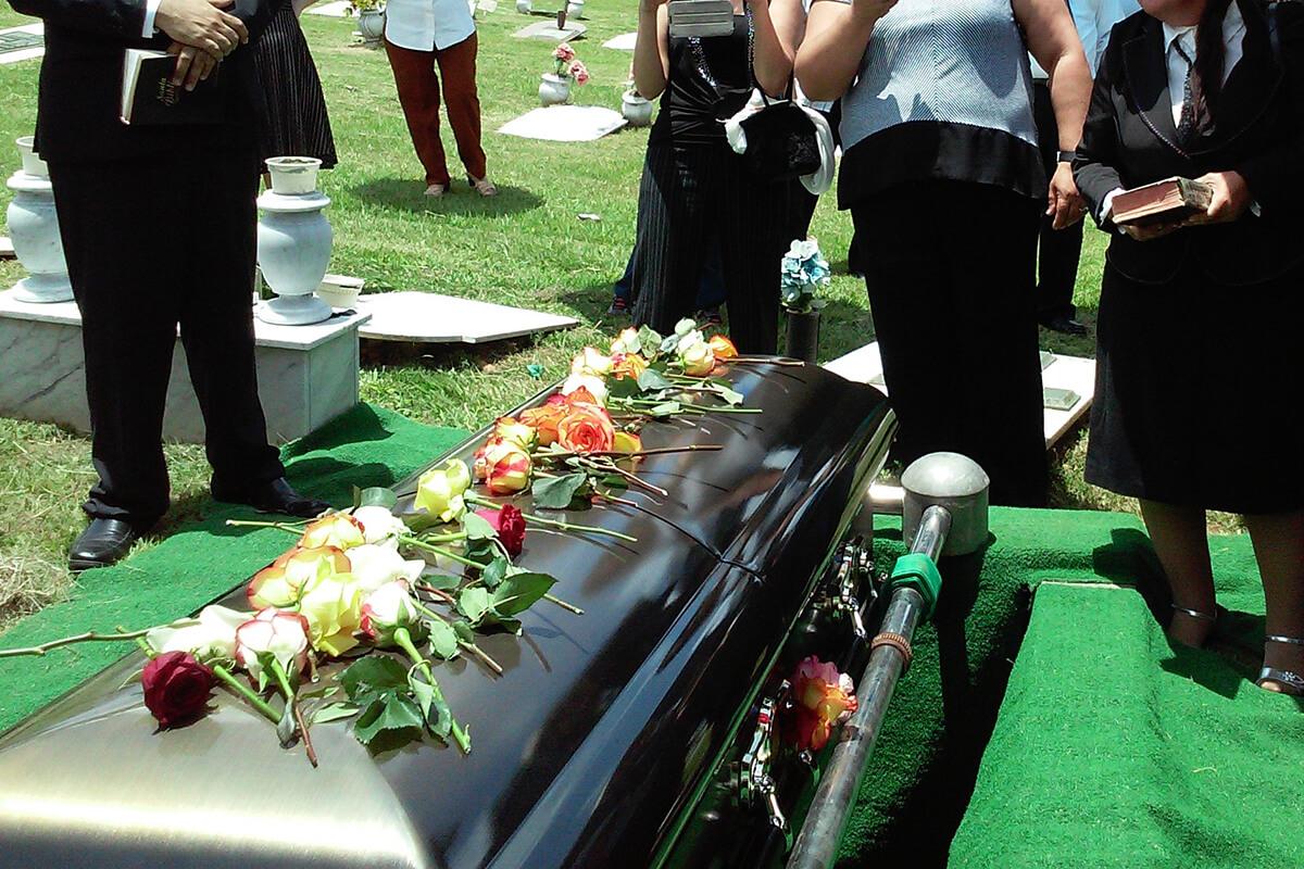 Trauerrede bei der Bestattung halten