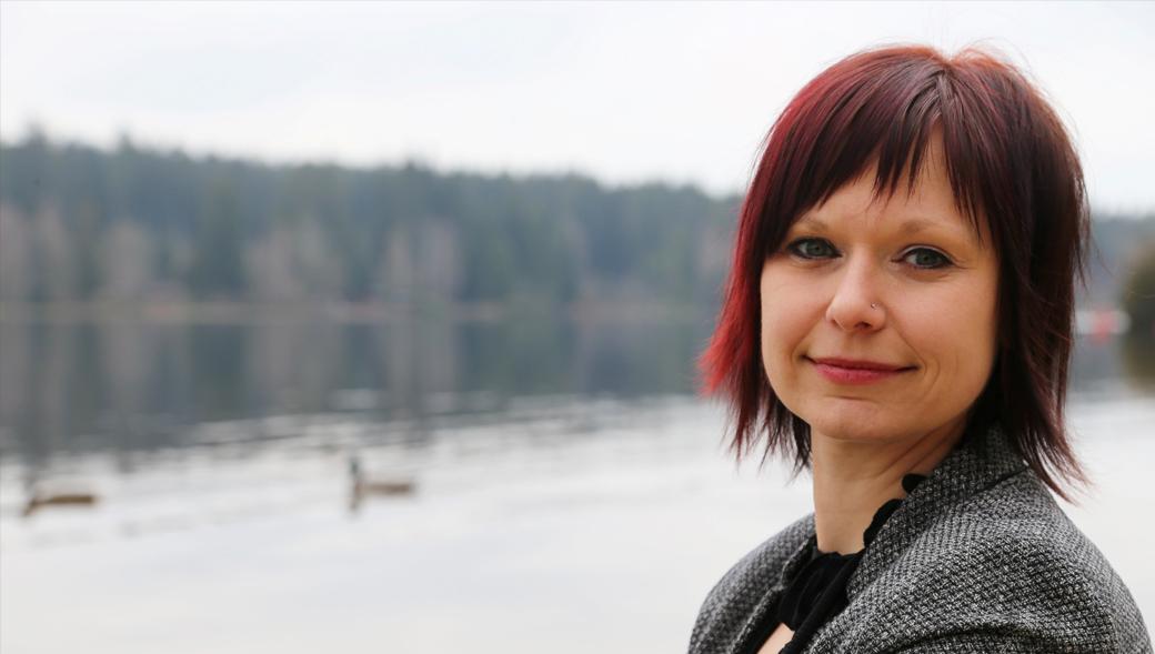 Redeklang Isabell Haase Trauerrednerin in Drebach